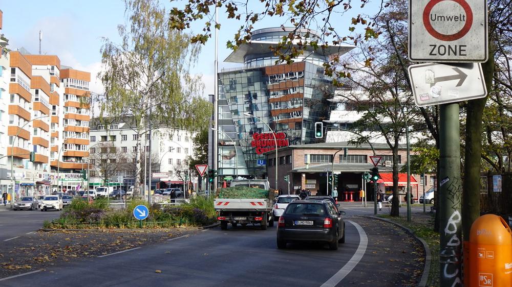 direkte Lage am Bahnhof Gesundbrunnen und gleichnamigen Centers